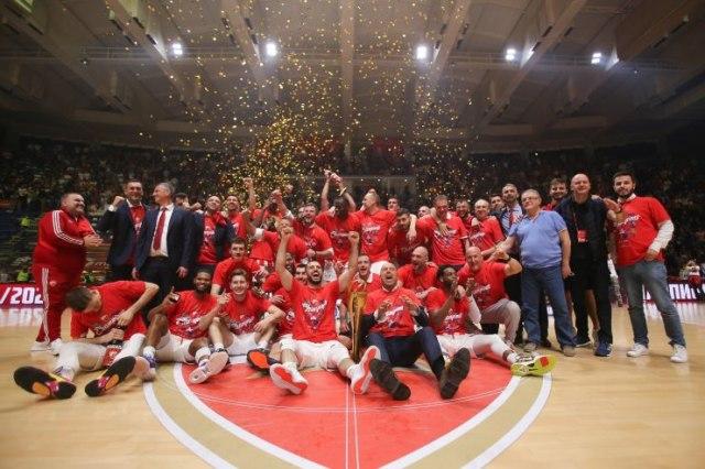 """""""Crvena Zvezda"""" tapo Adrijos lygos čempionais ir pateko į kitų metų Eurolygą"""