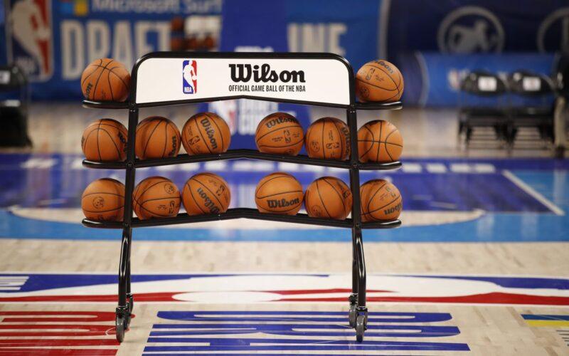 NBA duris mėgins praverti du lietuviai