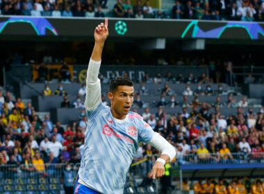 Mančesteris iir toliau laimi, o C.Ronaldo toliau muša