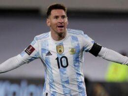 Messi į Bolivijos vartus kamuolį siuntė tris sykius