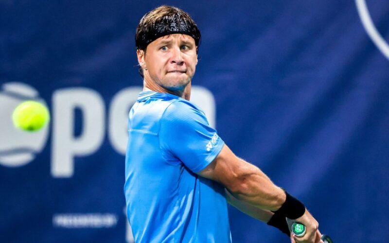 R.Berankis su A.Sitaku pergalingai pradėjo ATP 250 turnyrą